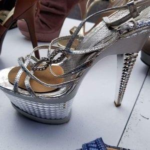 Shoes - Silver heel